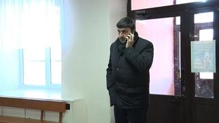 Без предупреждения. Глава округа Максим Пекарский приехал в школу №38