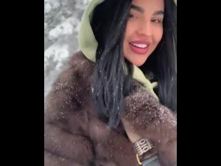 yanawow: Как в сказке😍 Этой холодной зимой ,мне совсем не холодно. Моё сердце наполнено теплом и любовью❤